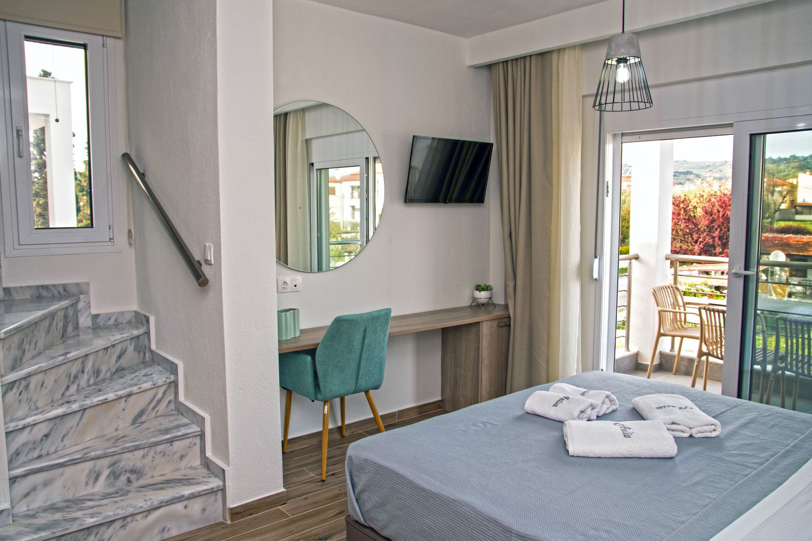 AELIA Luxury Apartments